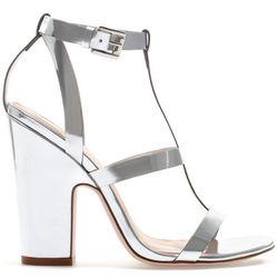 "<b>Zara</b>, <a href=""http://www.zara.com/webapp/wcs/stores/servlet/product/us/en/zara-nam-S2013/358009/1143004/SHINY+STRAPPY+SANDALS"">$79.90</a>"
