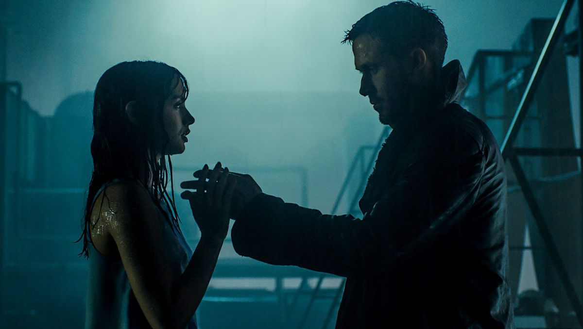 Joi and K in 'Blade Runner 2049'