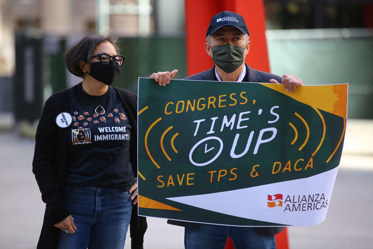 Court reopens door to DACA protections for first-time applicants 2