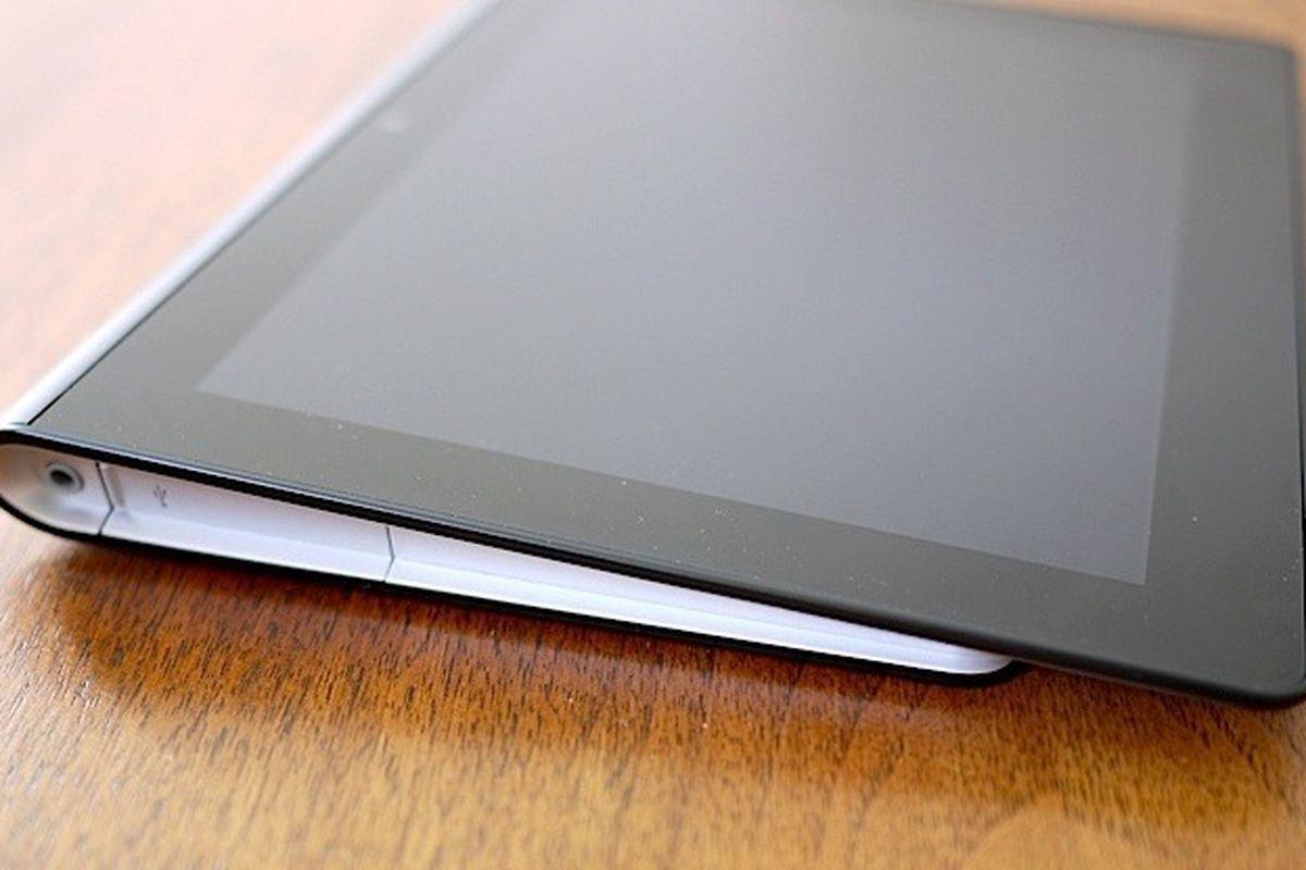 tablet s hands