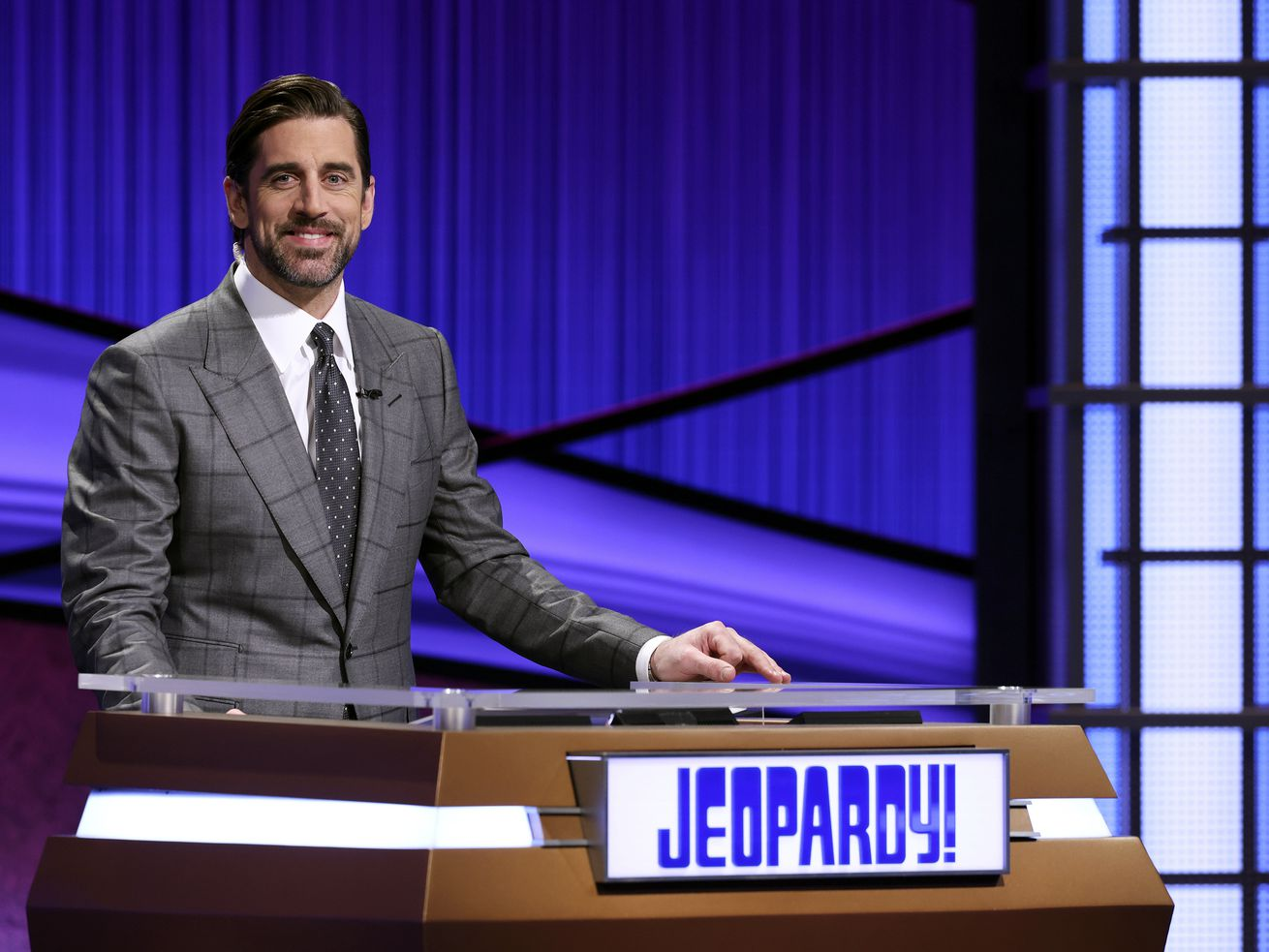 """Packers quarterback Aaron Rodgers got an unexpected question about the NFC Championship Game during his """"Jeopardy!"""" debut."""