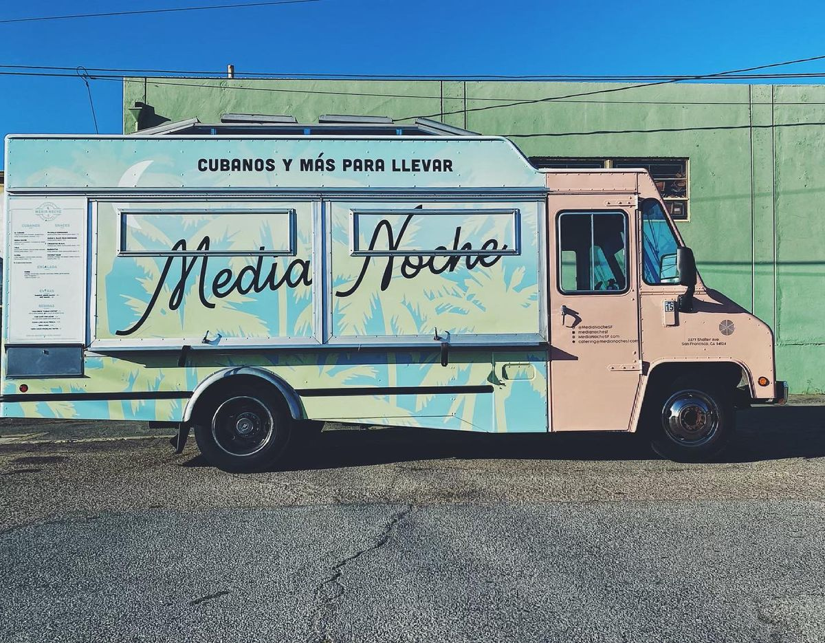 Media Noche new food truck