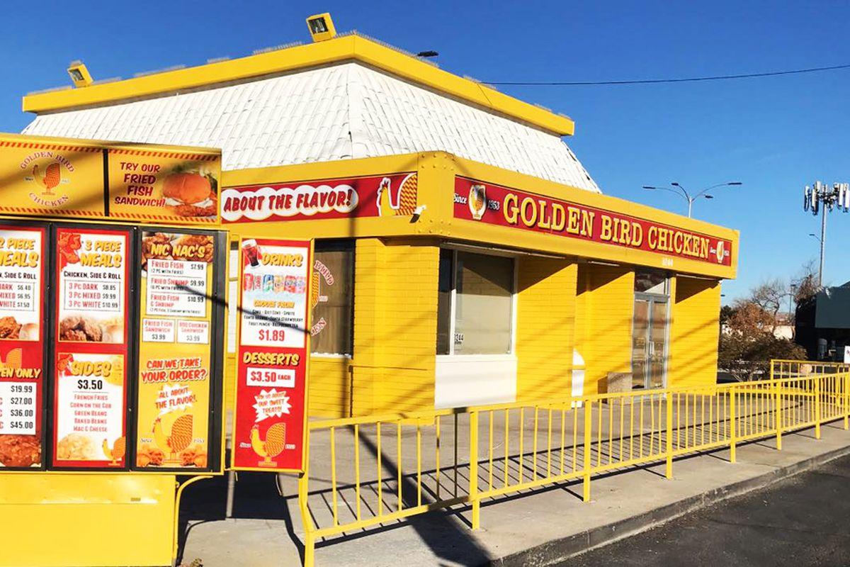 The exterior of Southern California's Golden Bird Chicken, now open in Las Vegas on Desert Inn Road.