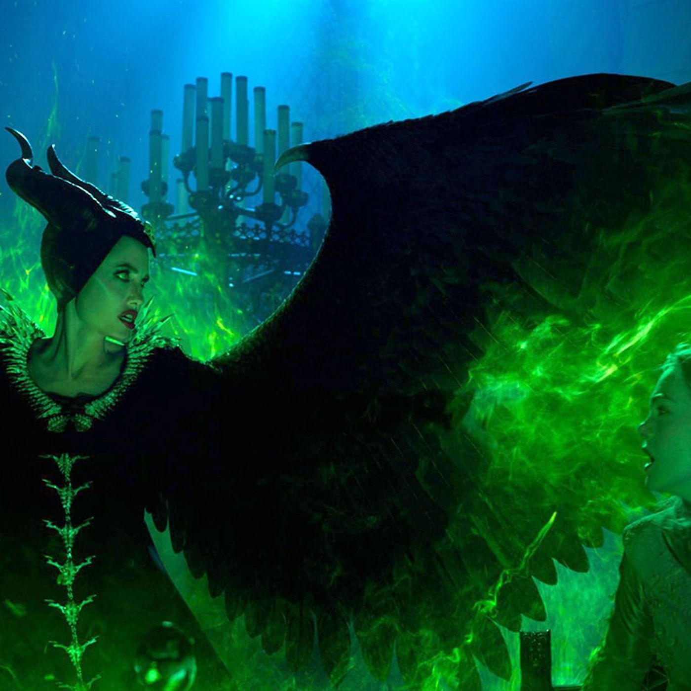 New Trailers Mulan Maleficent Mistress Of Evil Another