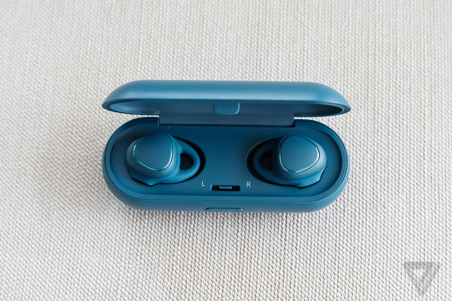 Samsung\'s Gear IconX are truly wireless earbuds with a focus on ...