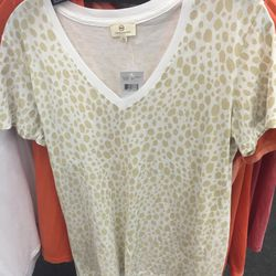 Tee shirt, $15