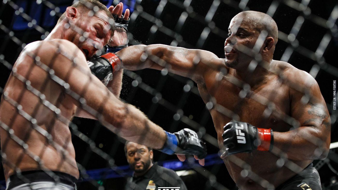 Stipe Miocic vs. Daniel Cormier 2 full fight video highlights