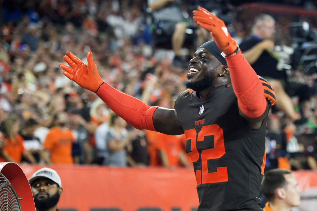 bcc95e89 Cleveland Browns: Sporting News ranks Browns uniforms among the ...