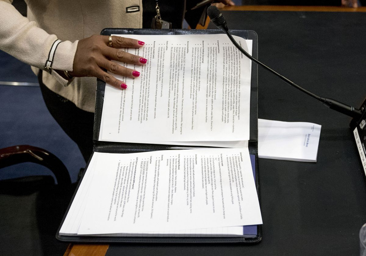 Read Mark Zuckerberg\'s notes from today\'s Facebook privacy Senate ...