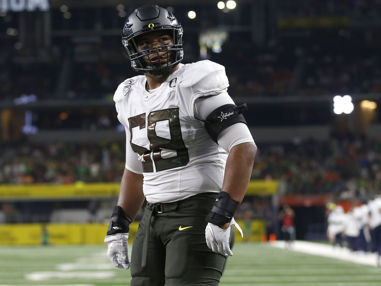 5 NFL teams who could target offensive tackle Penei Sewell in this year's draft