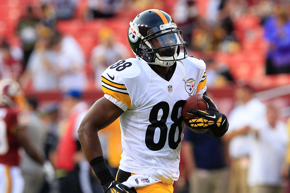 a6a2de92fb6 Emmanuel Sanders injury: Steelers wide receiver out after hurting his foot  in second quarter