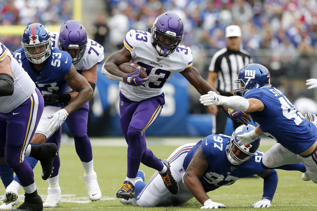 Dalvin Cook of the Minnesota Vikings in action against the New York Giants at MetLife Stadium on October 06, 2019 in East Rutherford, New Jersey.