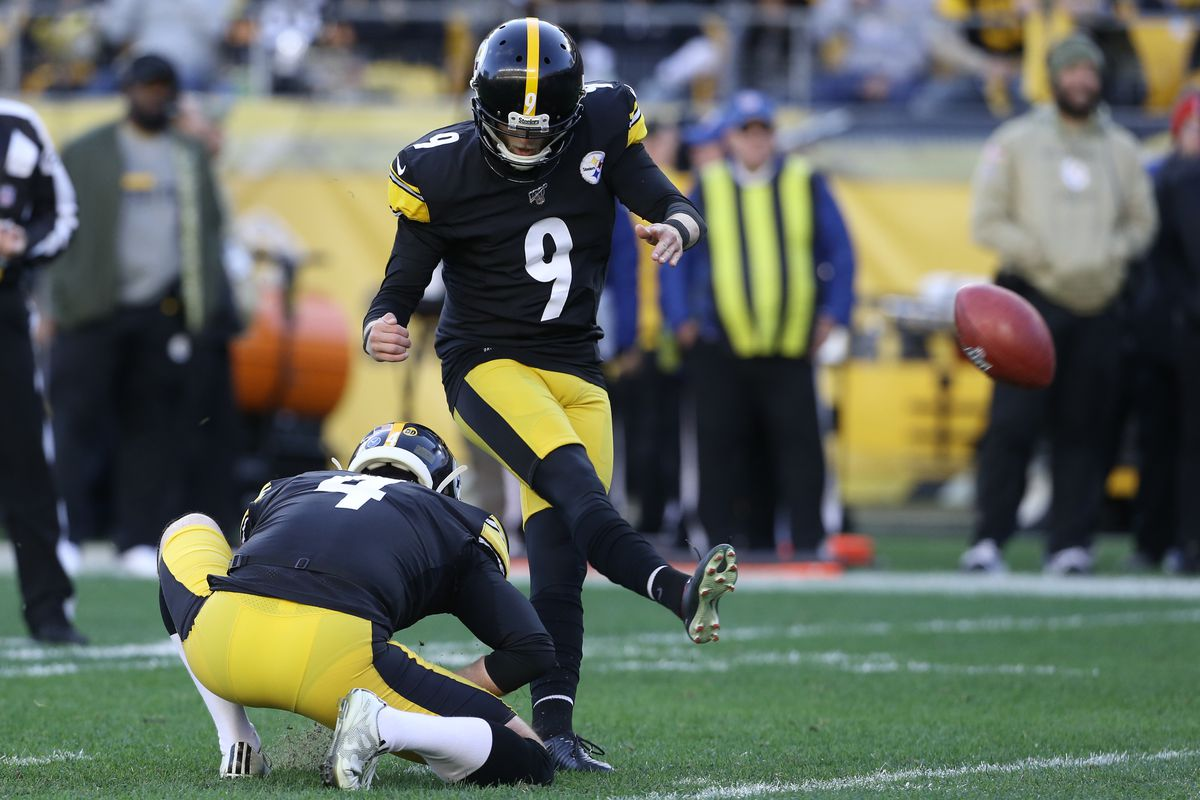 Pittsburgh Steelers kicker Chris Boswell kicks a field goal from the hold of punter Jordan Berry against the Indianapolis Colts during the fourth quarter at Heinz Field.