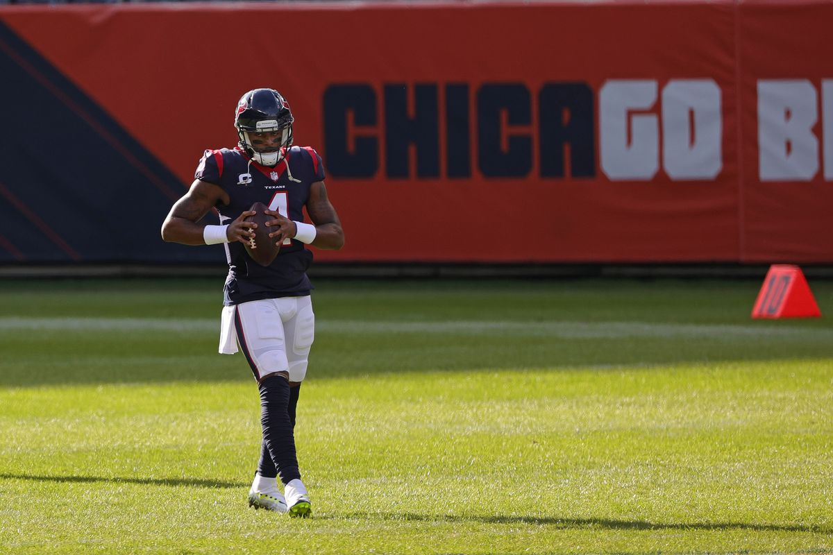 Deshaun Watson #4 of the Houston Texans participates in warmups prior to a game against the Chicago Bears at Soldier Field on December 13, 2020 in Chicago, Illinois. The Bears defeated the Texans 36-7.