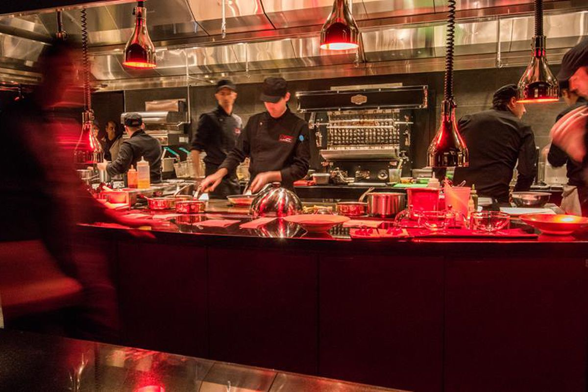 The first review for jo l robuchon s casino restaurant is for Atelier cuisine montreal