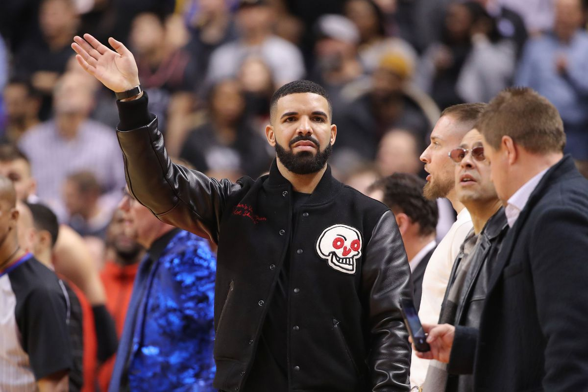 Hey Drake We Don T Believe In Curses In Syracuse Come