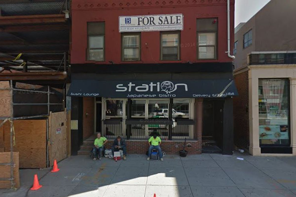 28 West Broadway