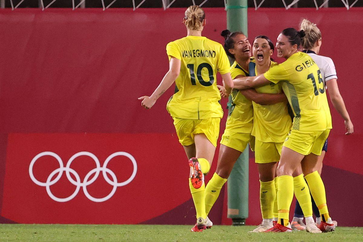 Great Britain v Australia: Women's Football Quarterfinal - Olympics: Day 7