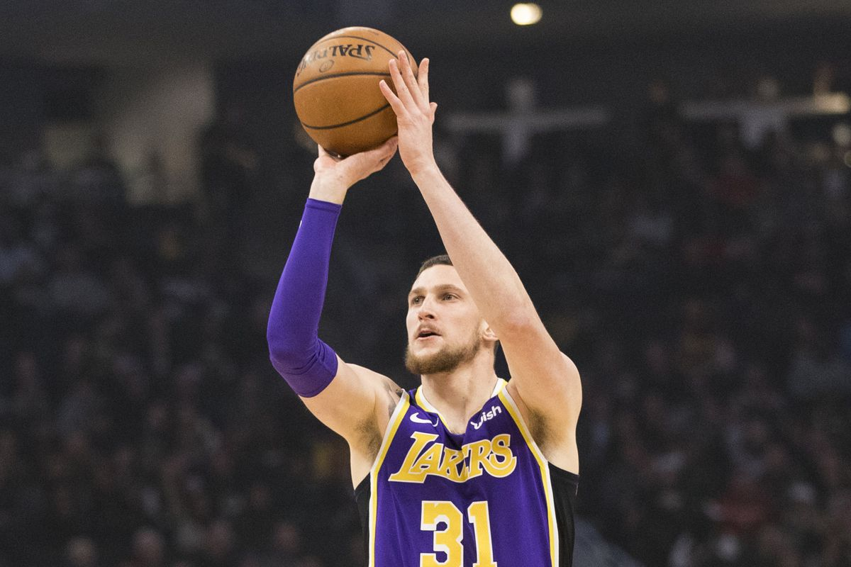 The Mike Muscala trade never made sense for Lakers, and