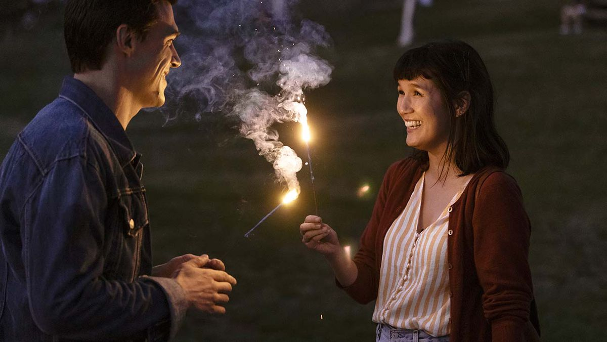 Bart (Finn Wittrock) with Vienna (Zoe Chao) in Sony Pictures' THE LONG WEEKEND.