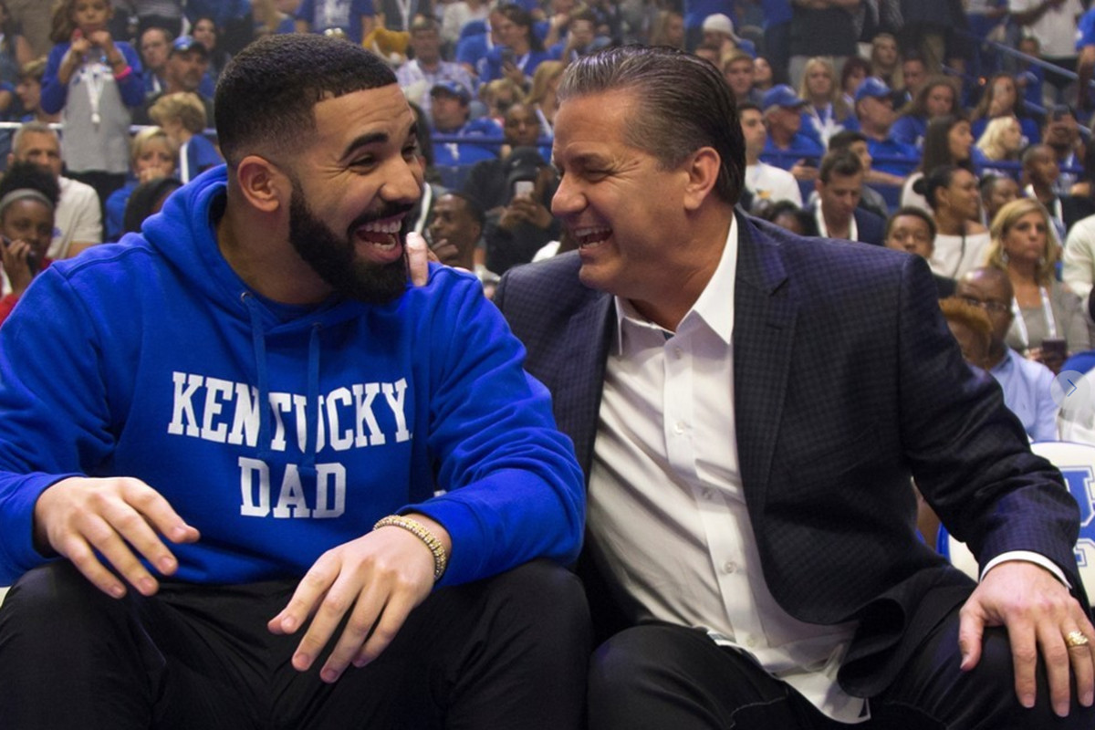 Drake Gives Impassioned Speech At Big Blue Madness A Sea Of Blue
