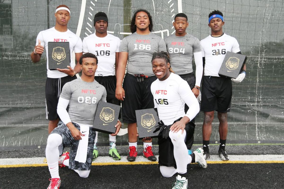 Seven get open at the Dallas Nike Football Training Camp ... - photo#25