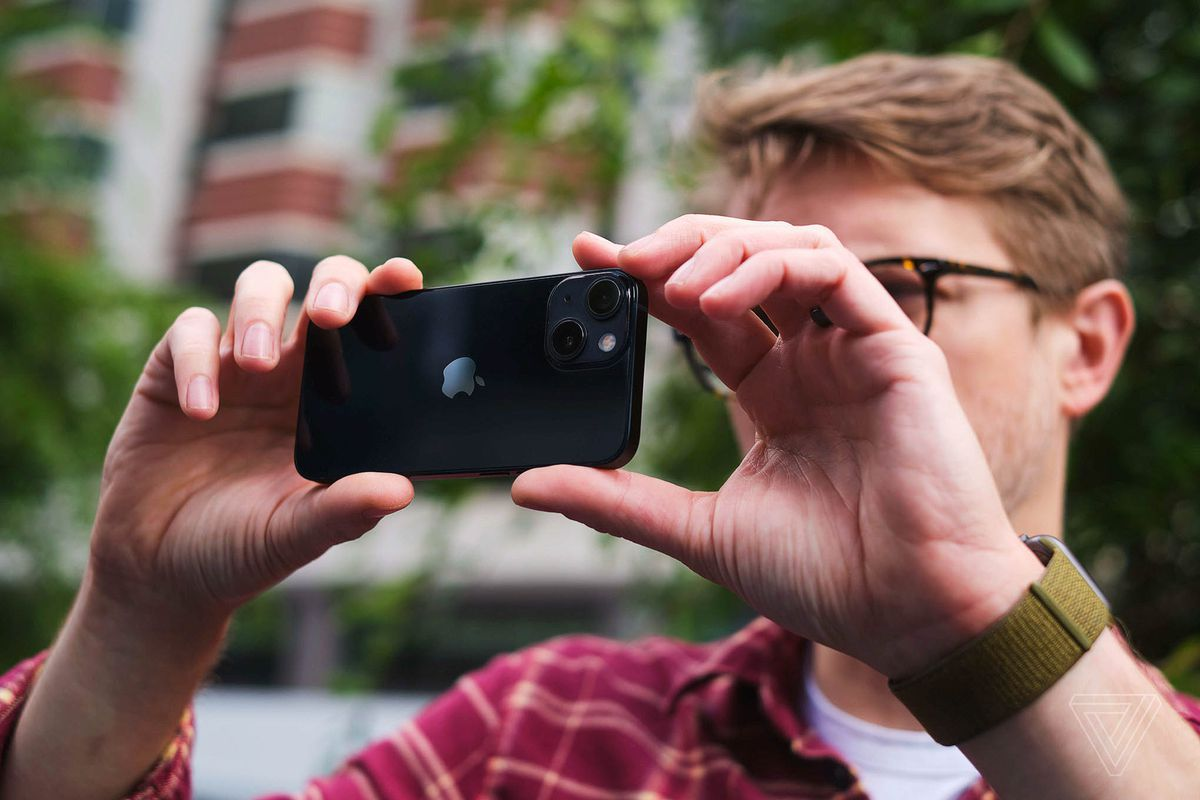 The iPhone 13 and 13 Mini have the same camera sensor as last year's iPhone 12 Pro Max