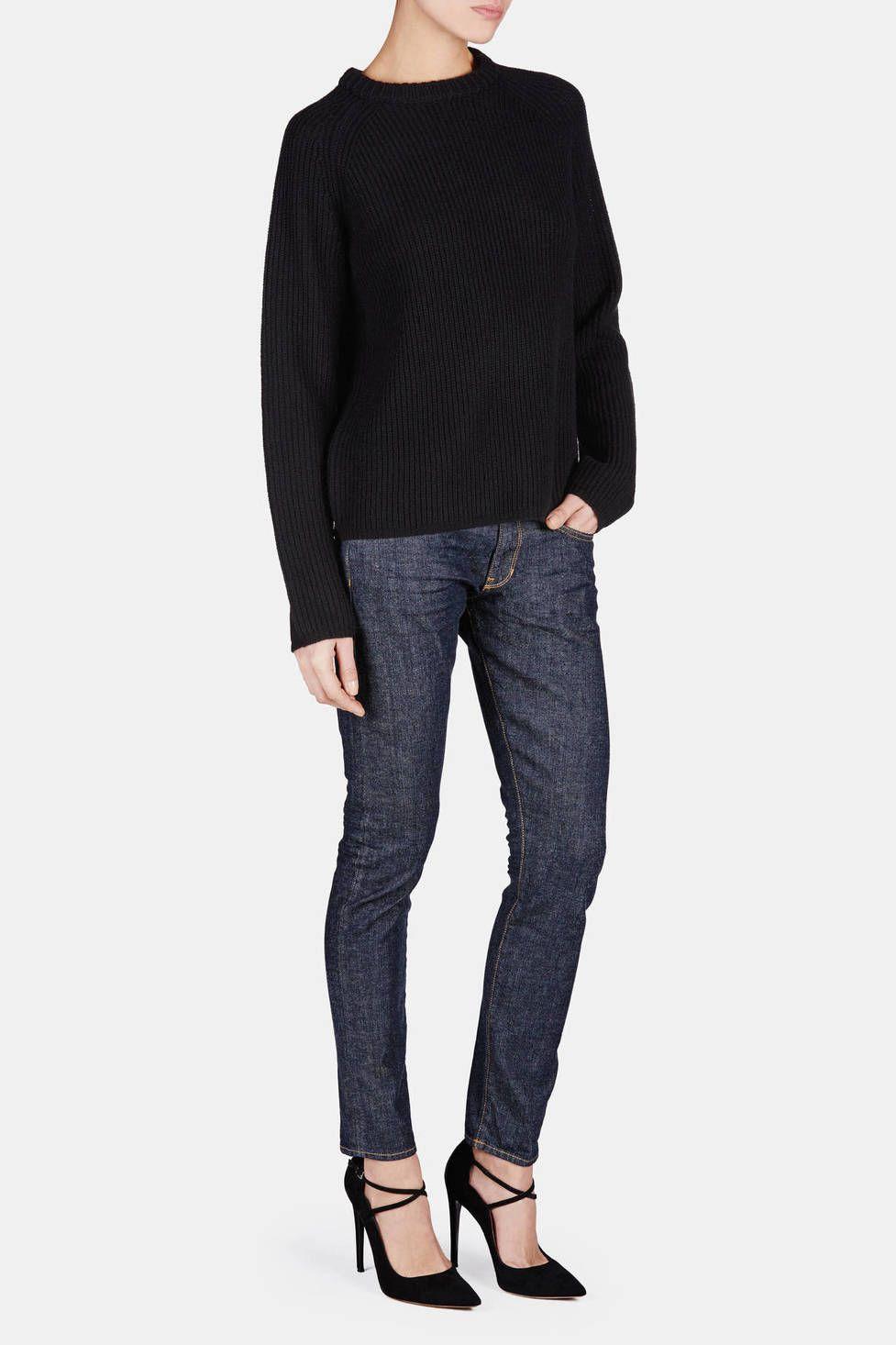 Loose Fit Skinny Jeans