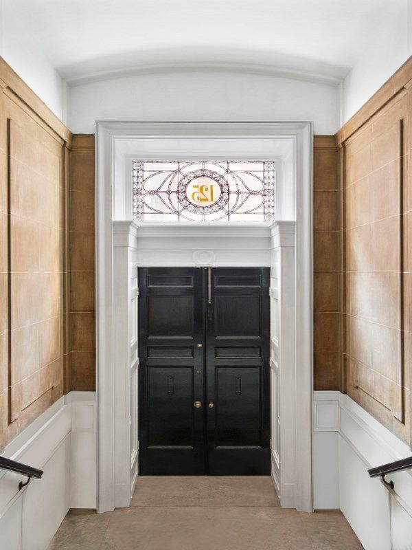 China Insute Wants Ty To Pay 32m For Its Ues Mansion Curbed Listing 125 East 65th Street