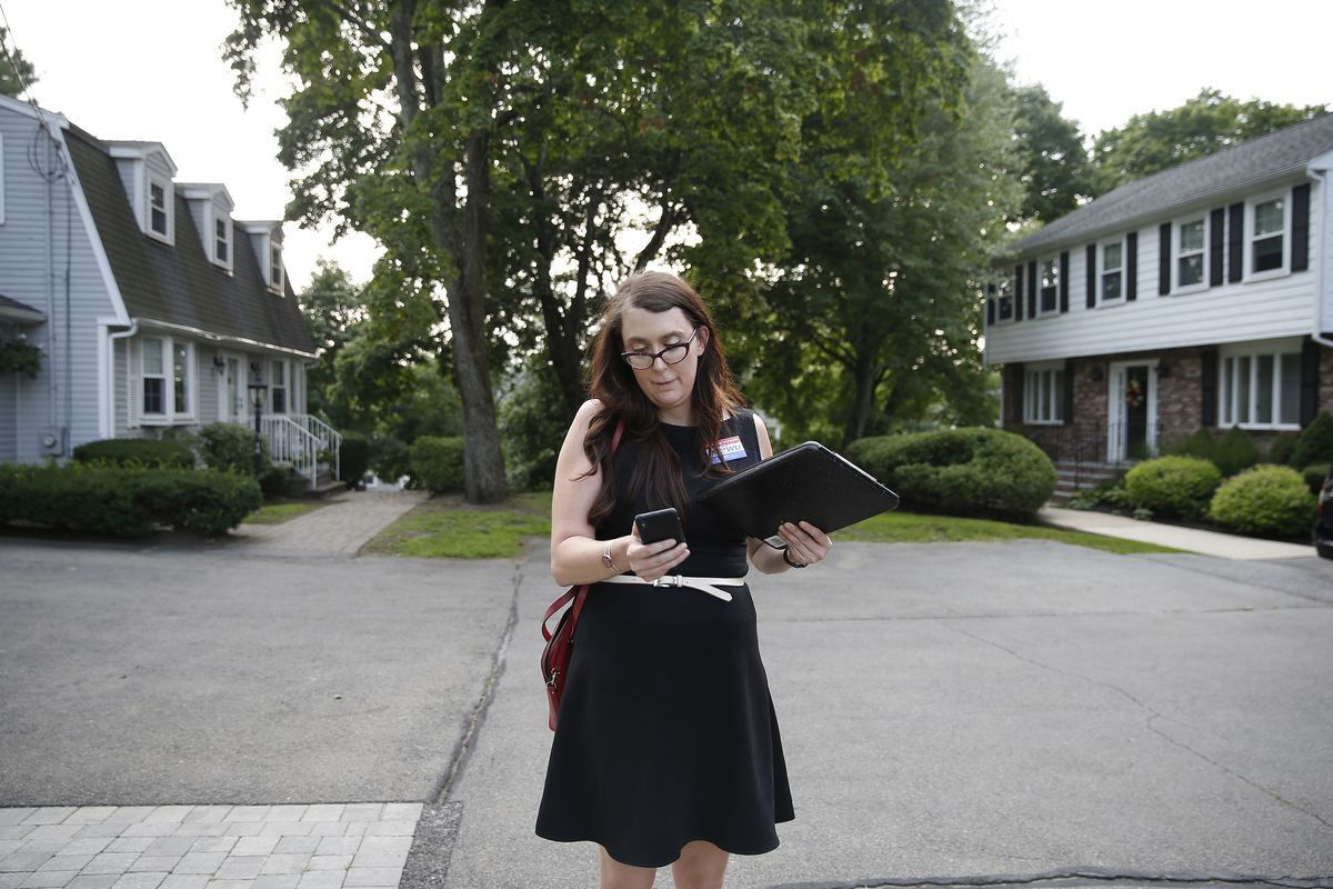Congressional candidate Brianna Wu canvasses for votes ahead of the Massachusetts Democratic primary