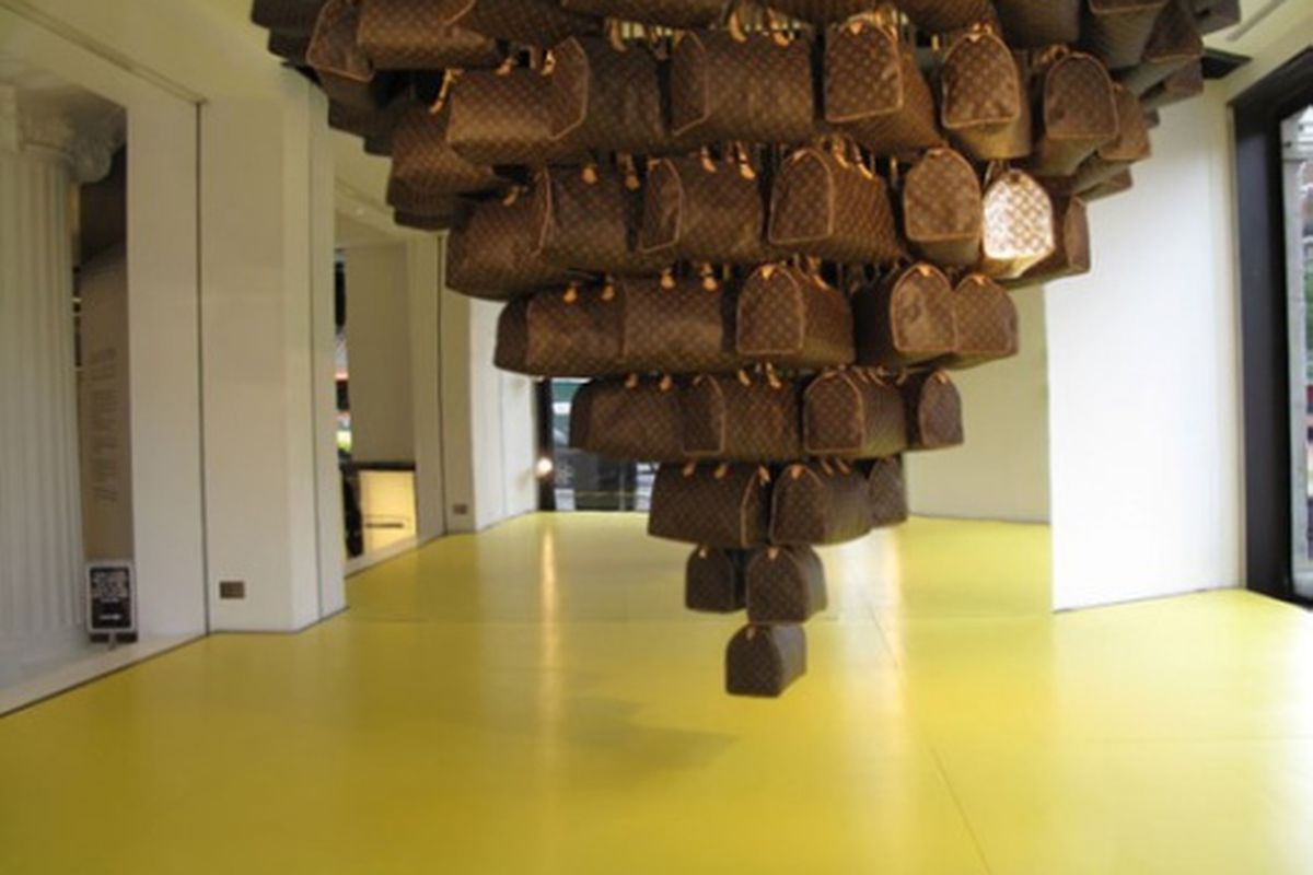 "Louis Vuitton ""Speedy"" installation at Selfridges in London. Image via <a href=""http://www.highsnobiety.com/news/2009/06/25/louis-vuitton-speedy-concept-store-at-selfridges/"">HighSnobiety</a>"