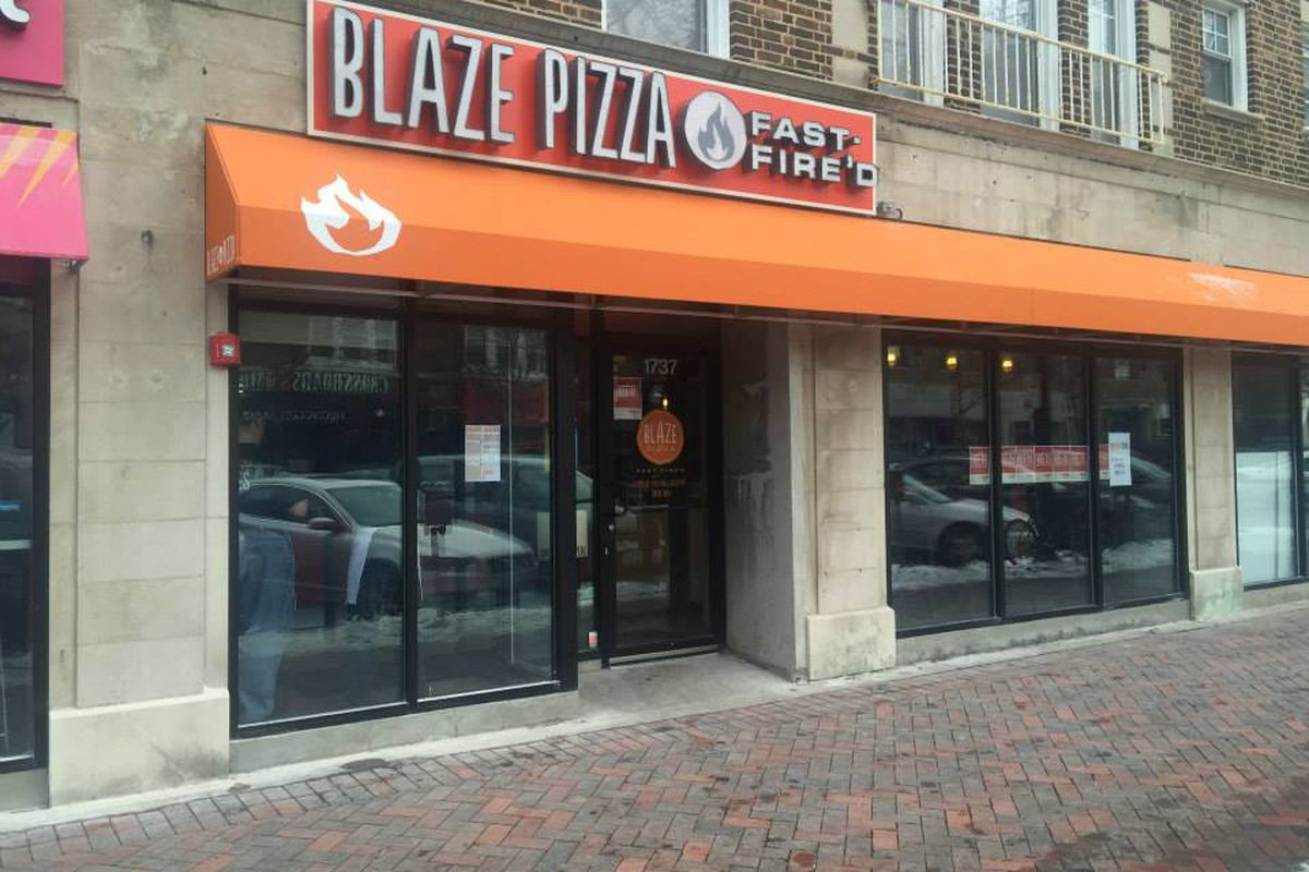 A Chicago Blaze Pizza outpost.