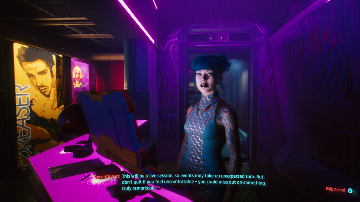 """A woman in a nightclub in Cyberpunk 2077 tells you to stick around, even if you're """"uncomfortable"""""""