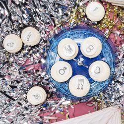 Georgetown Cupcake wedding variety dozen, $32