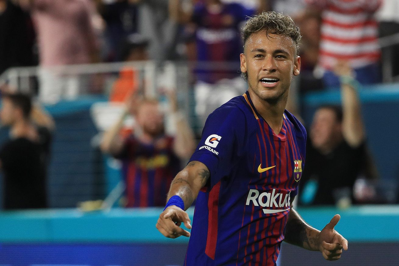 Barcelona scout meets with Neymar?s entourage as PSG star attempts La Liga return - report