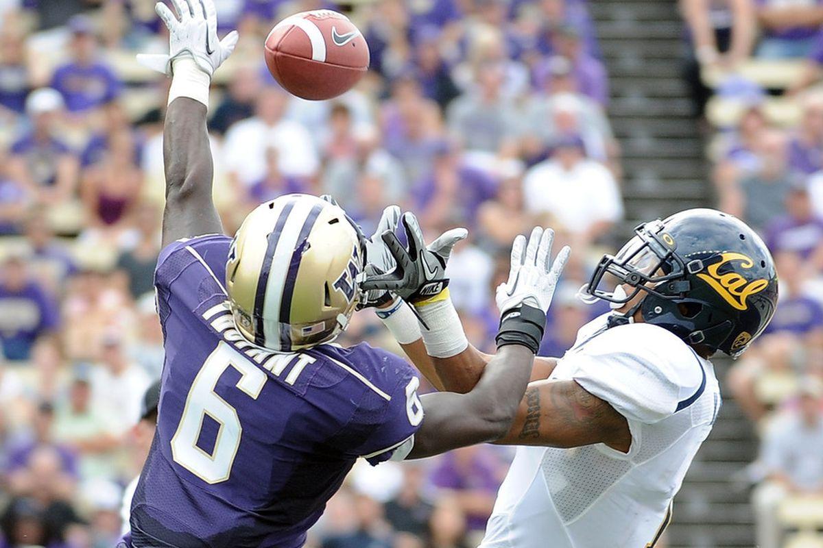 Desmond Trufant bats down a pass