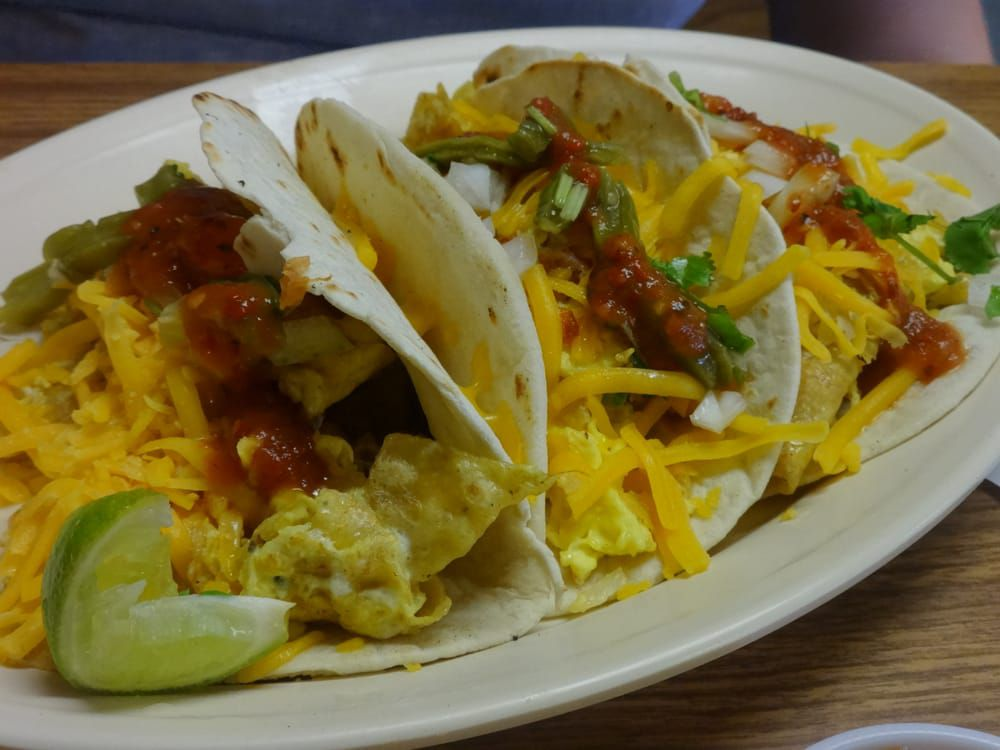 La Mexicana Bakery's migas tacos