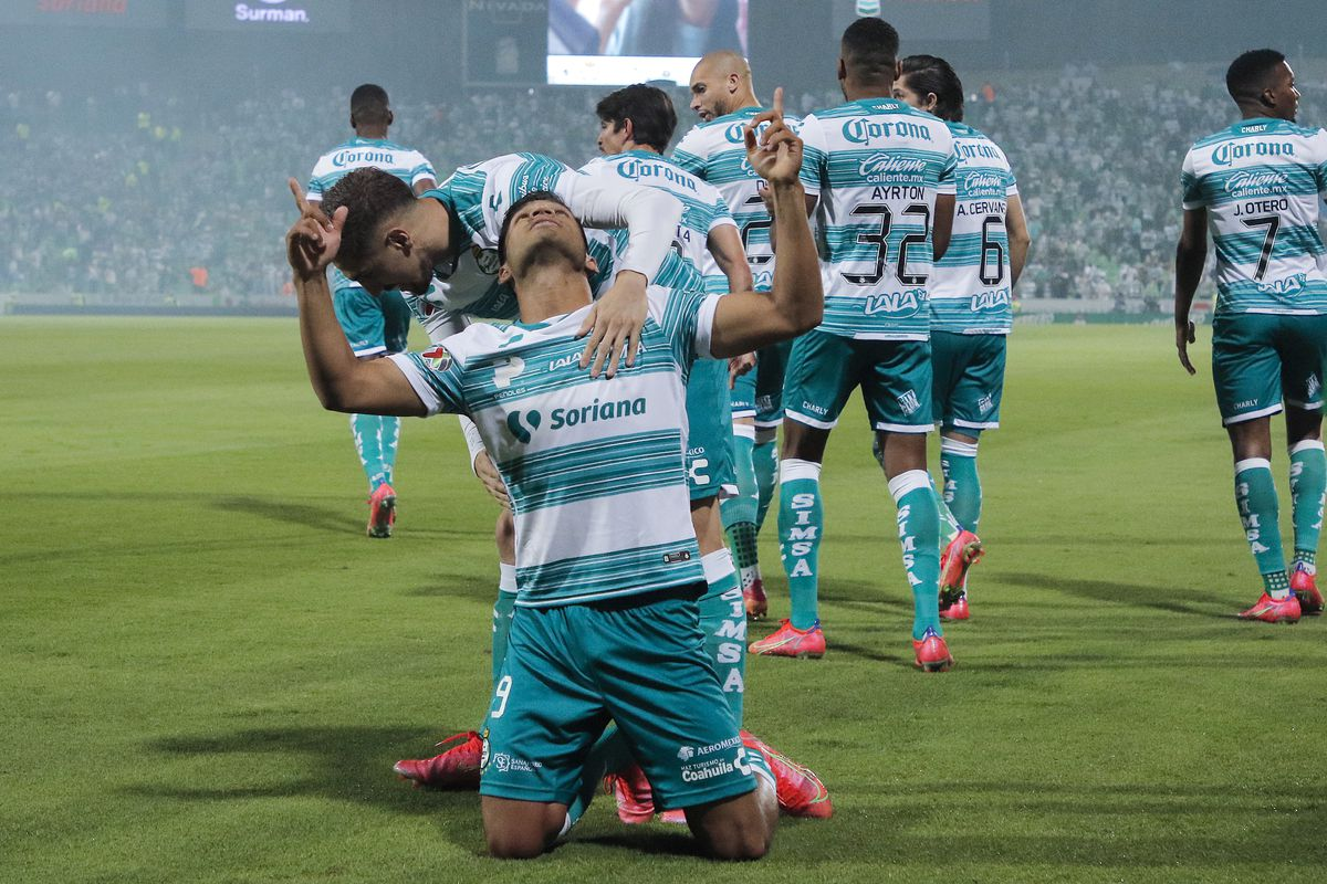 """Eduardo """"Mudo"""" Aguirre's goal just 40 seconds in to the first leg set the tone for Santos Laguna."""