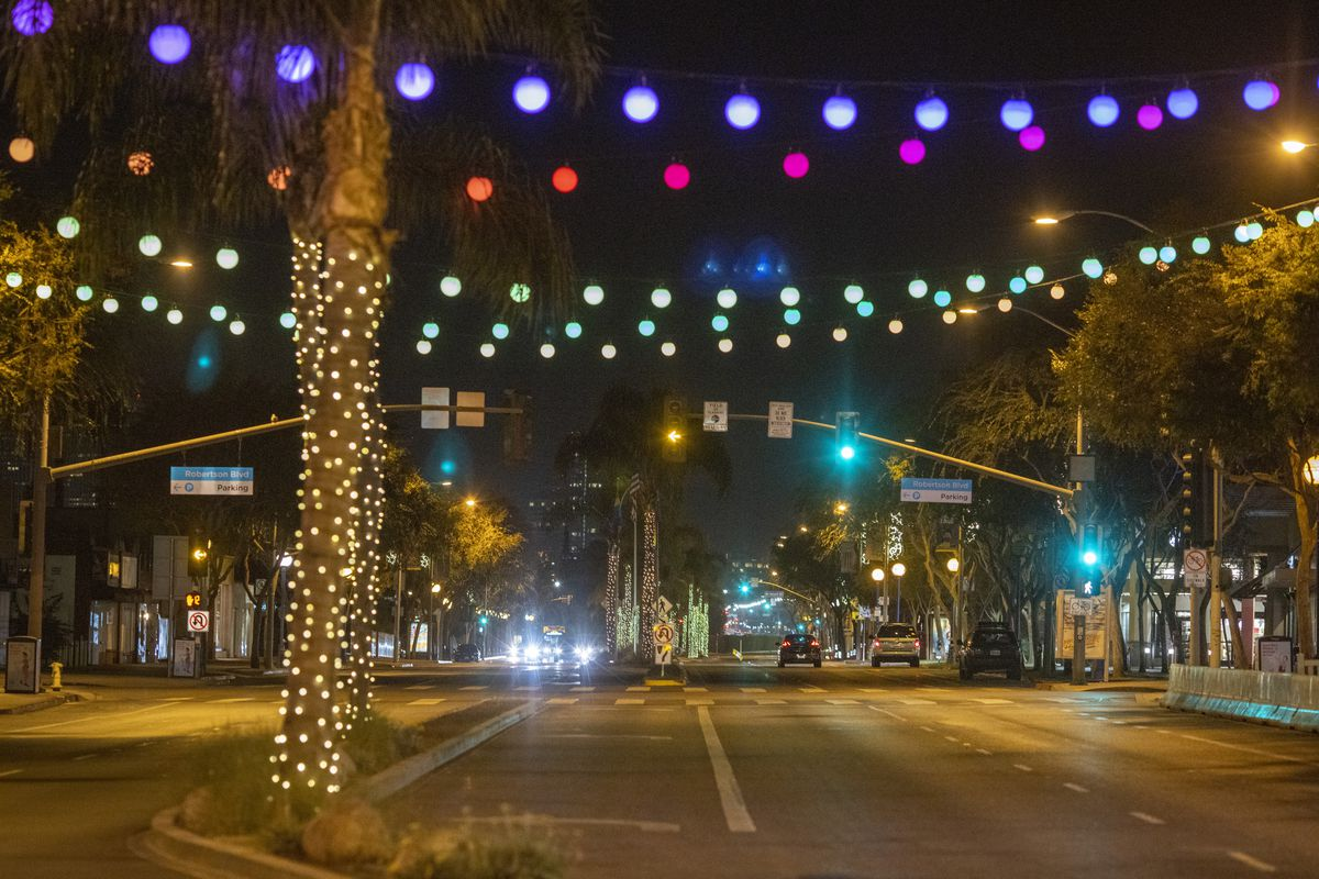 Los Angeles Sets Curfew After A New Surge In COVID-19 Cases