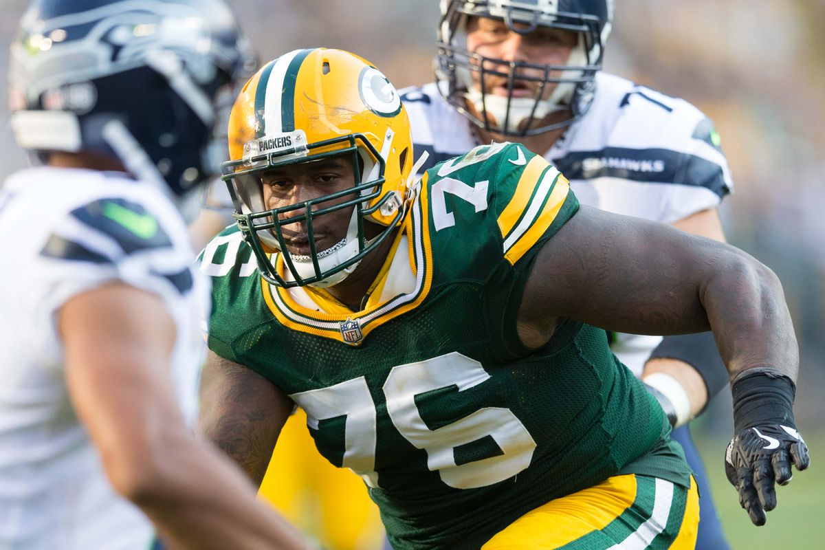 Packers 2018 Roster Prediction Mike Daniels Kenny Clark Again Top Depth Chart