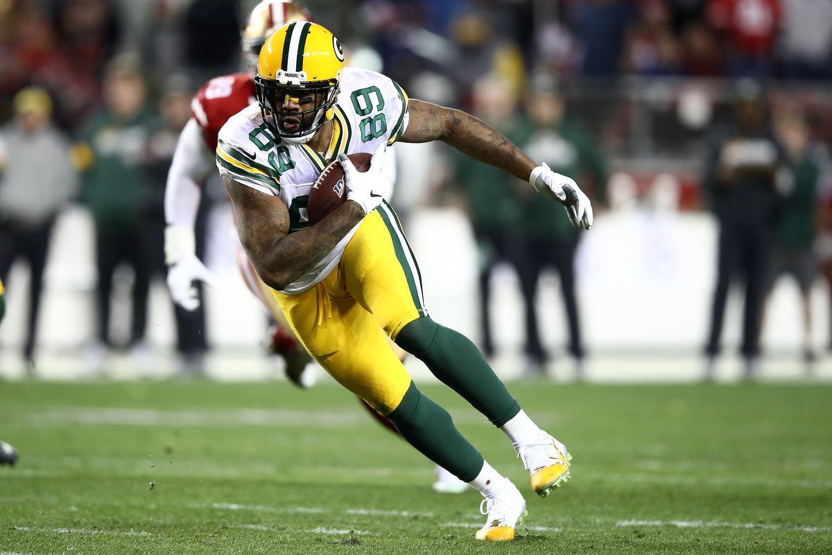 Packers 2020 Free Agents Marcedes Lewis Hopes To Return Robert Tonyan Hits Erfa Acme Packing Company