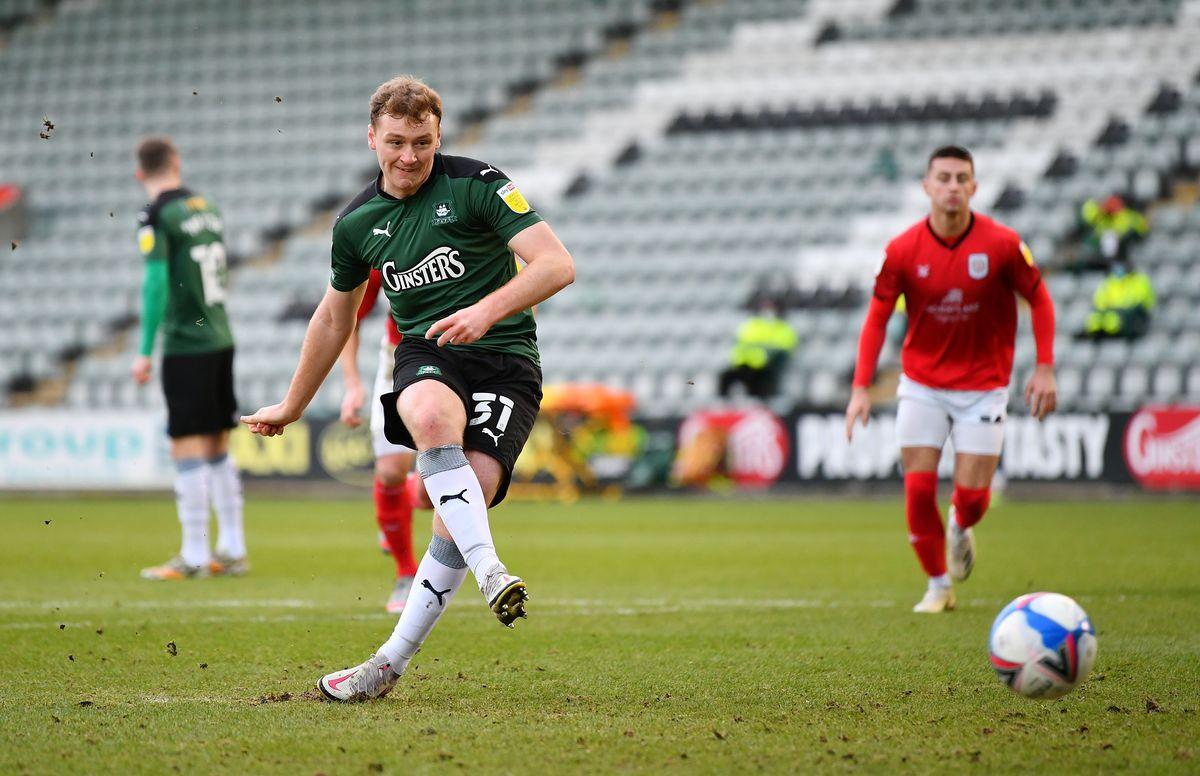 Plymouth Argyle v Crewe Alexandra - Sky Bet League One