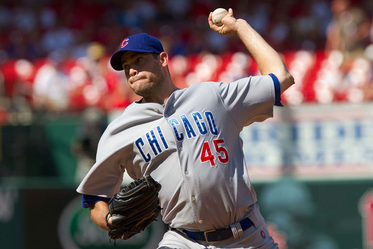Ladies and gentlemen, your possible 2011 Chicago Cubs All-Star: relief pitcher Sean Marshall. (Photo by Dilip Vishwanat/Getty Images)