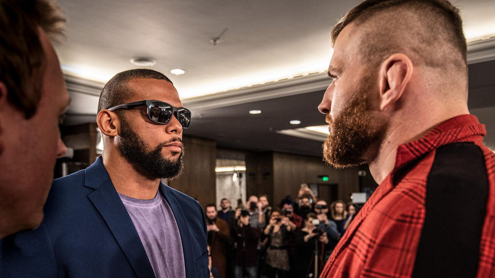 UFC Prague staredowns: Watch Thiago Santos vs Jan Blachowicz media day face off