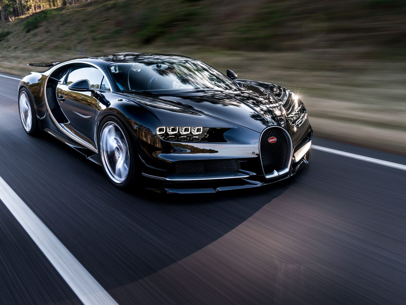 The Unbelievable 2 4 Million Bugatti Chiron In Pictures The Verge