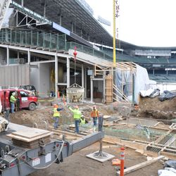 Another view of the suspended concrete transfer bucket at Gate Q