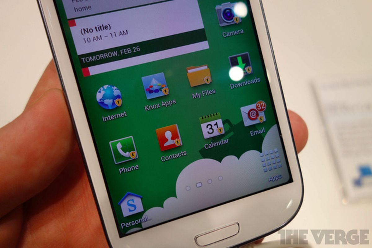 Samsung Galaxy S4 launching without Knox security software - The Verge