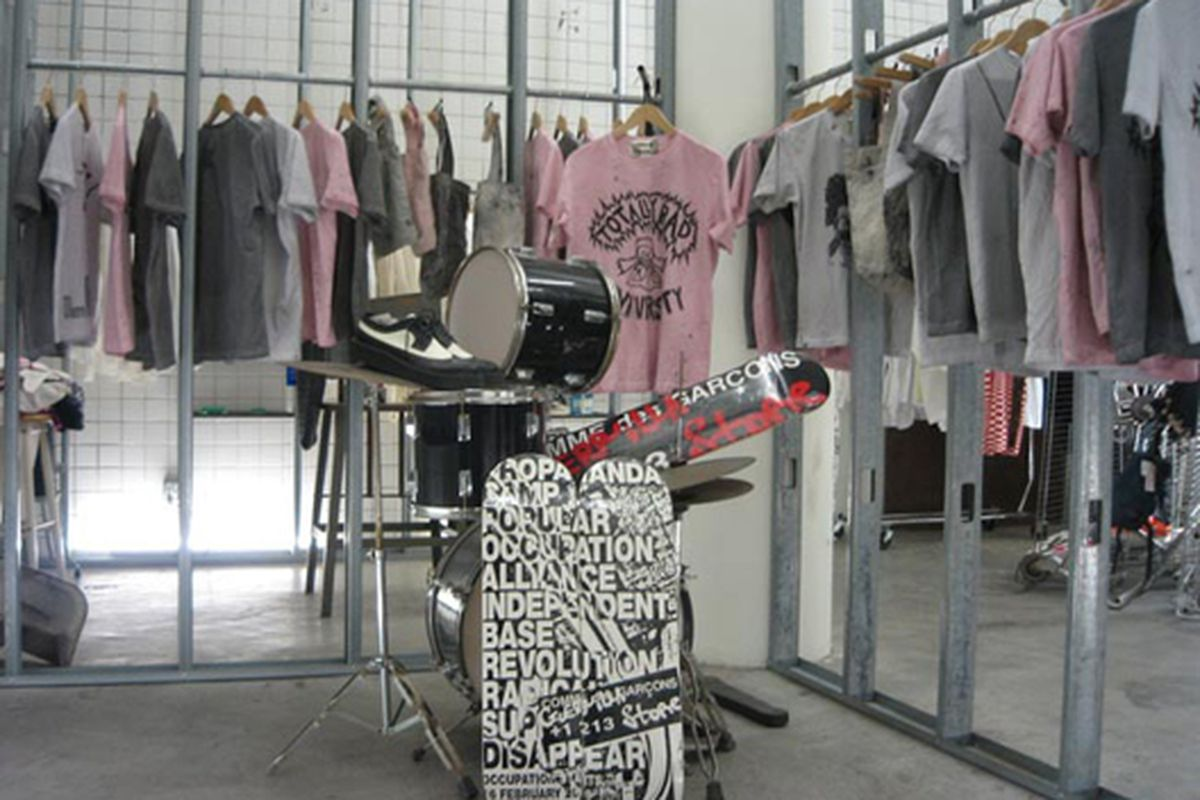 """The space back when it was a CDG store.  Image via <a href=""""http://unholymatrimony.net/unholymatrimony_files/guerrilla%20store%20213/pages/IMG_3091.htm"""">Unholy Matrimony</a>"""