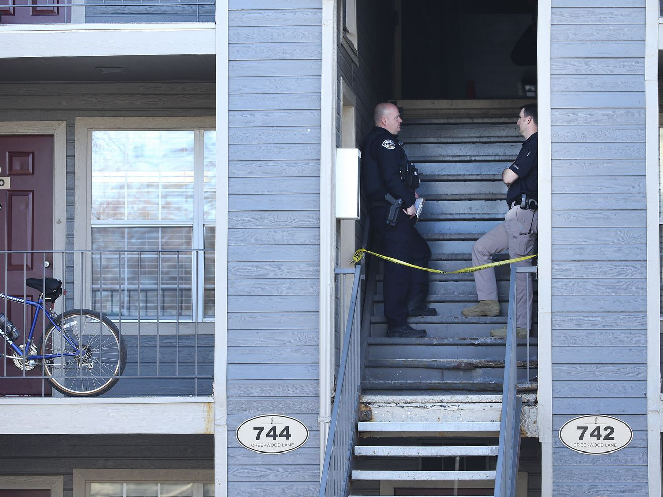 Murray police and West Valley police investigate an officer-involved shooting at the Stillwater Apartments at 744 E. Creekwood Lane in Murray on Thursday, March 5, 2020. Officials say a woman with a gun was shot by aMurray police officer.