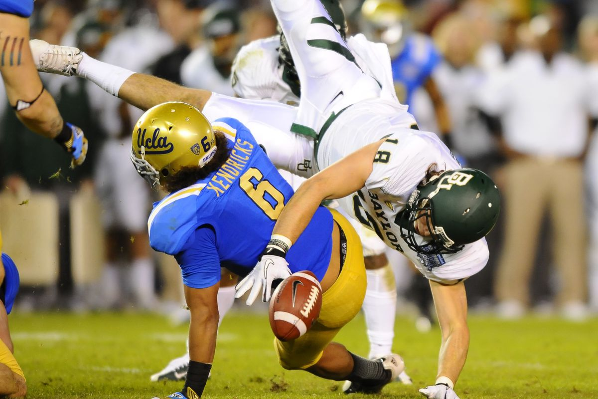 Eric Kendricks and the LB crew will meet a stiff challenge in the UC Berkeley offense